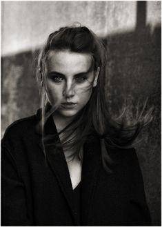 girl woman hair face coat Woman Hair, Portraits, Coat, Face, Women, Photos, Faces, Coats, Head Shots