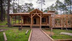 🥇 Cómo hacer un pozo séptico en pocos pasos » Ingeniería Real Cabin, House Styles, Home Decor, Septic Tank, Beams, Ceiling, Walls, Black Water, Wood Types