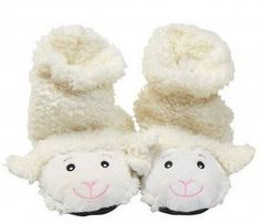 Spa Comforts Womens Cozy Lamb Slippers, White: Swaddle your feet in nurturing warmth and comfort while enjoying the fragrant aroma of peppermint and lavender flowers. Bedroom Slippers, Baby Slippers, Crafts To Make, Arts And Crafts, Acorn Kids, What House, Leather Slippers, Lavender Flowers, Aromatherapy