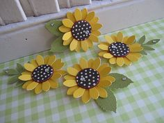 Punch Art Sunflowers - I like the polka dot centers Paper Punch Art, Punch Art Cards, Paper Sunflowers, Paper Roses, Sunflower Cards, Candy Cards, Origami, Scrapbook Embellishments, Handmade Flowers