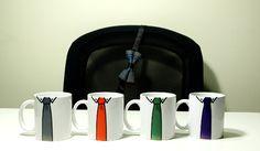 12€. Taza-Corbata, diseños lisos.