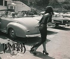 Vampira lurking around LA in 1954.