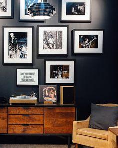 Console Living Room Interior Design Photo Gallery - Loreen R. Interior Design Photos, Interior Inspiration, Detroit, Creative Wall Decor, Masculine Interior, Audio Room, Dark Interiors, Living Room Remodel, Interior Exterior