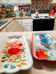 Retro Vintage, Vintage Kitchen, Kitchen Ideas, Kitchen Decor, Aqua Decor, Pioneer Woman Kitchen, Kitchen Country, Pioneer Woman Recipes, French Country