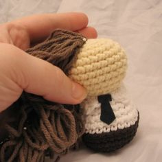 Creepy Cute Coiffure: Making and attaching hair | NeedleNoodles: Crochet Patterns, Knit Patterns, Amigurumi Awesomeness