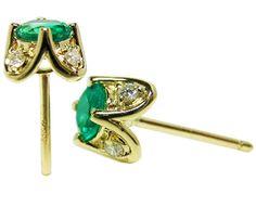 Emerald stud earrings yellow gold