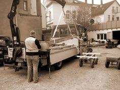 Ladekran im Einsatz | #Naturstein #Werkstatt #Steinmetz