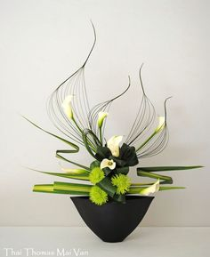 ron beck designs — Ikebana  (via Pinterest: Discover and save...