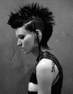 Rooney Mara - Never saw the English Version of Dragon Tattoo.. tbh, I prefer the original. :3