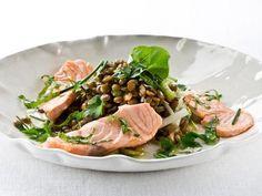 Menú de 'tupper' para la oficina: 5 recetas sanas, fáciles y rápidas de preparar Toma nota de nuestras ideas gourmet para que tu vuelta a la rutina sea más llevadera... ¡y saludable! Ensalada de lentejas con salmón fresco