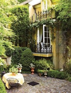 42 A Cozy Backyard France Terrace Ideas Country patio, Country french magazine, Garden, House styles Outdoor Rooms, Outdoor Gardens, Outdoor Living, French Country House, French Cottage, Romantic Cottage, Cottage Style, Country French Magazine, Country Patio