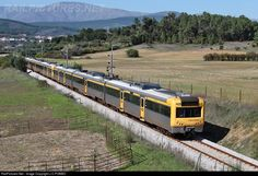 RailPictures.Net Photo: CP 2297+CP 2295 Caminhos de Ferro Portugueses Alsthom CP 2240 series at Alcaria, Portugal by J.C.POMBO