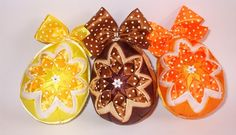 Quilted Easter eggs of satin ribbons Veľká noc Happy Easter 2015 Quilted Ornaments, Holiday Ornaments, Easter 2015, Happy Easter, Easter Eggs, Origami, Satin Ribbons, Handmade, Image