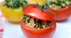 Tomates farcies au quinoaVoir la recette des Tomates farcies au quinoa >>