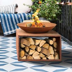 Large Fire Pit, Metal Fire Pit, Cool Fire Pits, Fire Pit Uses, Diy Fire Pit, Fire Pit Backyard, Fire Pit Bowl, Fire Bowls, Outdoor Fire