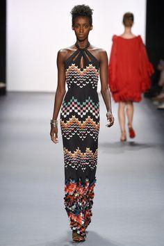 Jenny Packham - Spring 2017 - #feelingfashion Fashion Week, Fashion 2017, Runway Fashion, Boho Fashion, Spring Fashion, Fashion Show, Fashion Design, Mode Crochet, Jenny Packham