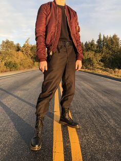 Alpha Industries bomber Uniqlo U tee Rollercoaster belt Uniqlo U straight pants Doc Martens 1490 Retro Outfits, Cool Outfits, Casual Outfits, Men Casual, Fashion Outfits, Stylish Men, Womens Fashion, Doc Martens Outfit, Doc Martens Style