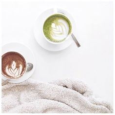 Pin: emmiellynne ⋆ ˚ ✦ ✫ Coffee Is Life, I Love Coffee, Coffee Break, My Coffee, Morning Coffee, Coffee Cafe, Coffee Drinks, Coffee Shop, Coffeehouse