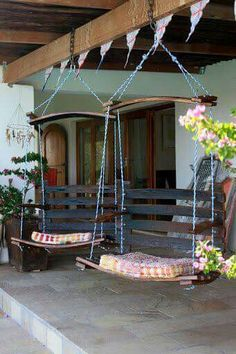 Swings made from pallets
