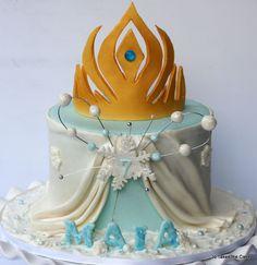Frozen (elsa's cape and tiara) Cake