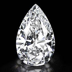 """Le diamant """"Winston Legacy"""" d'Harry Winston http://www.vogue.fr/joaillerie/le-bijou-du-jour/diaporama/le-diamant-winston-legacy-101-carats-d-harry-winston/13798"""