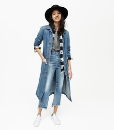 madewell rivet & thread denim duster worn with the central shirt in gingham… Denim Outfits, Casual Outfits, Denim Duster, Fall Lookbook, Double Denim, Madewell Denim, Mode Style, Autumn Winter Fashion, Fall Fashion