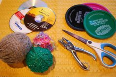 Stephanie Allgood's tutorial on weaving using a CD. Brilliant. Don't forget you follow 2 of her boards.