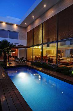 Piletas de estilo moderno por ze|arquitectura