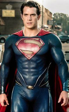 Official movie stills of Man of Steel with Henry Cavill as Superman / Clark Kent All the images are courtesy of Warner Bros. Henry Cavill Superman, Batman Vs Superman, Arte Do Superman, Superman Man Of Steel, Supergirl Superman, Superman Superman, Superman Cosplay, Superman Costumes, Chris Pratt