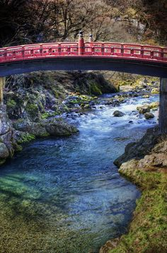 When I woke up in Nikko, snow had been falling all night. I started a long walk from the old lodge where I was staying towards the older area that has all the temples. Along the way, I passed by this old bridge with it's ancient and lavish design. - Nikko, Japan - Photo from #treyratcliff Trey Ratcliff at http://www.StuckInCustoms.com