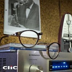 We don't sing in the shower, we perform. CliC Eyewear, your best friend for your best performance. #clic #cliceyewear #pantos #music #musicistheanswear #jazztime #vintage #magneticattraction #magneticconnection #eyewear #presbyopia #presbyopic #instamusic #instadetails #instavintage #instacool #instaeyewearpost #instaeyewear #instaframe #instaeyes