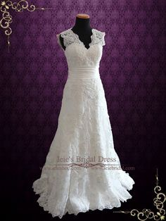 Ivory Vintage Style Lace Keyhole Back Wedding Dress with V Neck | Rayn | Ieie's Wedding Dress Boutique #VintageWeddingDress #LaceWeddingDress #WeddingDress http://www.ieiebridal.com/collections/lace-wedding-dresses