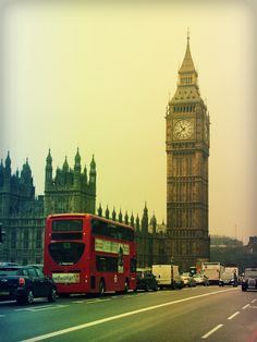 My first travel in foreign country. Places Around The World, Travel Around The World, Around The Worlds, Big Ben, Cool Places To Visit, Places To Go, City Icon, London United, Dream City