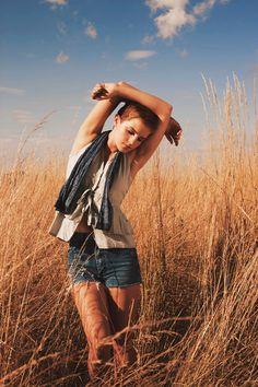 Emma Watson high quality picture gallery #EmmaWatson