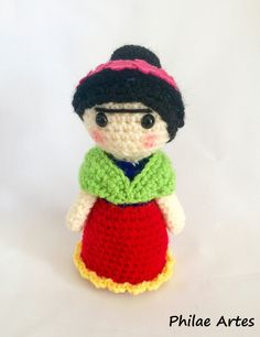 Please, do not sell this pattern. It was made by me and I want it free…always! So I saw an amigurumi of Frida Kahlo on Pinterest and then I tried to do my own pattern. Materials that you will use: …