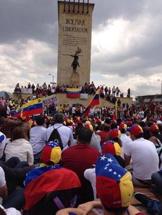#violencia en #venezuela #represión #dictadura #SOS violación de #derechoshumanos Venezuela #grita #libertad #protestas