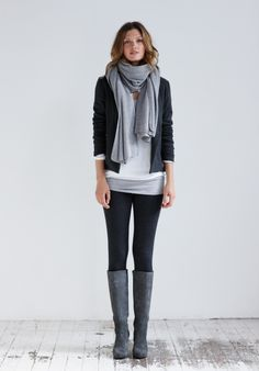 grey on grey: casual outfit in grey, black and white