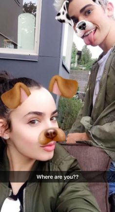 Sofia Carson and Cameron Boyce The Descendants, Disney Channel Descendants, Disney Channel Stars, Descendants Pictures, Sophia Carson, Mal And Evie, Adventures In Babysitting, Booboo Stewart, Image Film