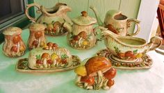 70's Merry Mushroom Teapot - Signed Arnel Mold 1974 - Hand Crafted