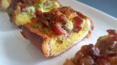 baguette ripiena Vi presento una ricetta favolosa per una cena rustica con gli amici: la baguette ripiena cotta in forno