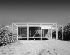 A vintage photograph of the house. Photo © ESTO courtesy of Sarasota Modern. Celebrated in its time, Paul Rudolph's Walker Guest House (Sanibel Island, Florida, 1952-53) is a magical modernist...