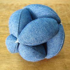 SweaterDoll - Allison Dey: Tutorial: Amish Puzzle Ball