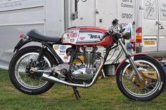 Bsa #caferacer #motorcycles #motos | caferacerpasion.com