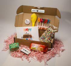 **Ein Geburtstag, Jubiläum oder ein anderer Gratulationsanlass wie zum Beispiel Muttertag steht an... und Du möchtest IHR eine kleine Aufmerksamkeit zukommen lassen? In dieser Wunschbox findest...