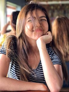 Pa-wind effect - Maine Mendoza, Alden Richards, Film Festival, Actresses, Long Hair Styles, Outfits, Beauty, Taeyong, Pairs