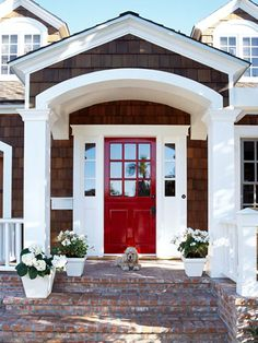 A lovely #entrance with curb appeal. Check more at www.pennsylvaniahomes.com