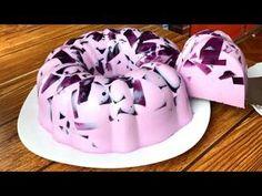 Gelatina mosaico de uva 🍇 CON 2 INGREDIENTES deliciosa y fácil - YouTube Gelatin Recipes, Jello Recipes, Bakery Recipes, Mexican Jello Recipe, Mexican Food Recipes, Sweet Recipes, Unique Desserts, Easy Desserts, 3d Jelly Cake