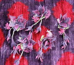 Turkish Oya Needle Lace Brooch. $25.00