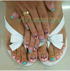 Summer pedicure colors toenails design 29 new Ideas Pedicure Nail Art, Toe Nail Art, Mani Pedi, Summer Pedicure Colors, Summer Toe Nails, Trendy Nails, Cute Nails, French Pedicure Designs, Pretty Pedicures