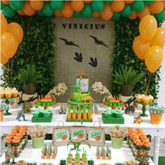Birthday Party At Park, Dinosaur Birthday Party, 6th Birthday Parties, Third Birthday, Birthday Fun, Party Decoration, Birthday Decorations, Festa Jurassic Park, Dinasour Birthday